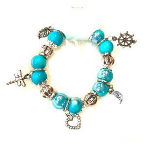 Medium blue charm stretch bracelet